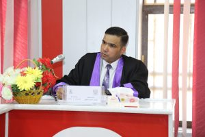 جانب من مناقشة طالب الدكتوراة حيدر عباس الجنابي