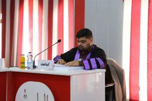 جانب من مناقشة الطالب حسن محمد جواد